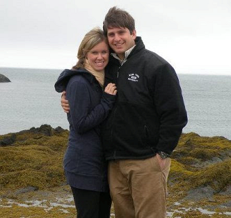 Alumni couple Jennifer Cameron and Brad Pfeffer first met at the Gelman Library.